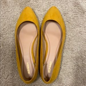 Old Navy size 8 flats